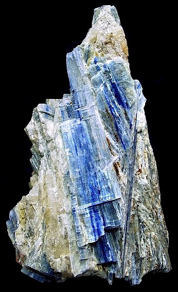 DEN2007-227MASSkyanite.jpg (69572 bytes)